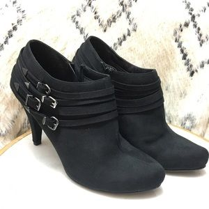 New black ankle boots